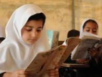 تهدید طالبان در لوگر به بسته شدن ۱۲ مکتب دخترانه انجامید