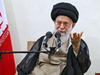 آیتالله خامنهای: سخنان رئیس جمهوری آمریکا ناشی از عصبانیت است