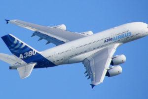 ایرباس ساخت بزرگترین هواپیمای جهان را متوقف میکند